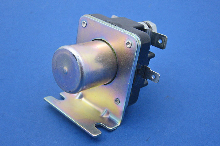 Lucas replacement basic 24V solenoid