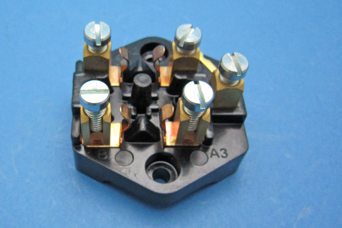 product image for Lucas Fuse Box - SF6 (37132)