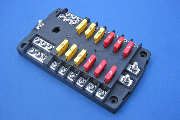 12 way fused distribution board fuse block autozone at Fuse Box 12v