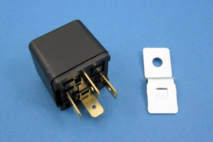 product image for 12 Volt Relay - make and break