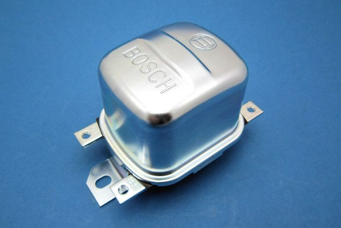 Bosch regulator - 12V